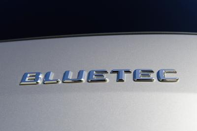 Bluetec diesel badge